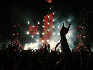 ロックコンサート