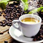コーヒー豆コーヒーカップ