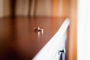 指輪偽装不倫